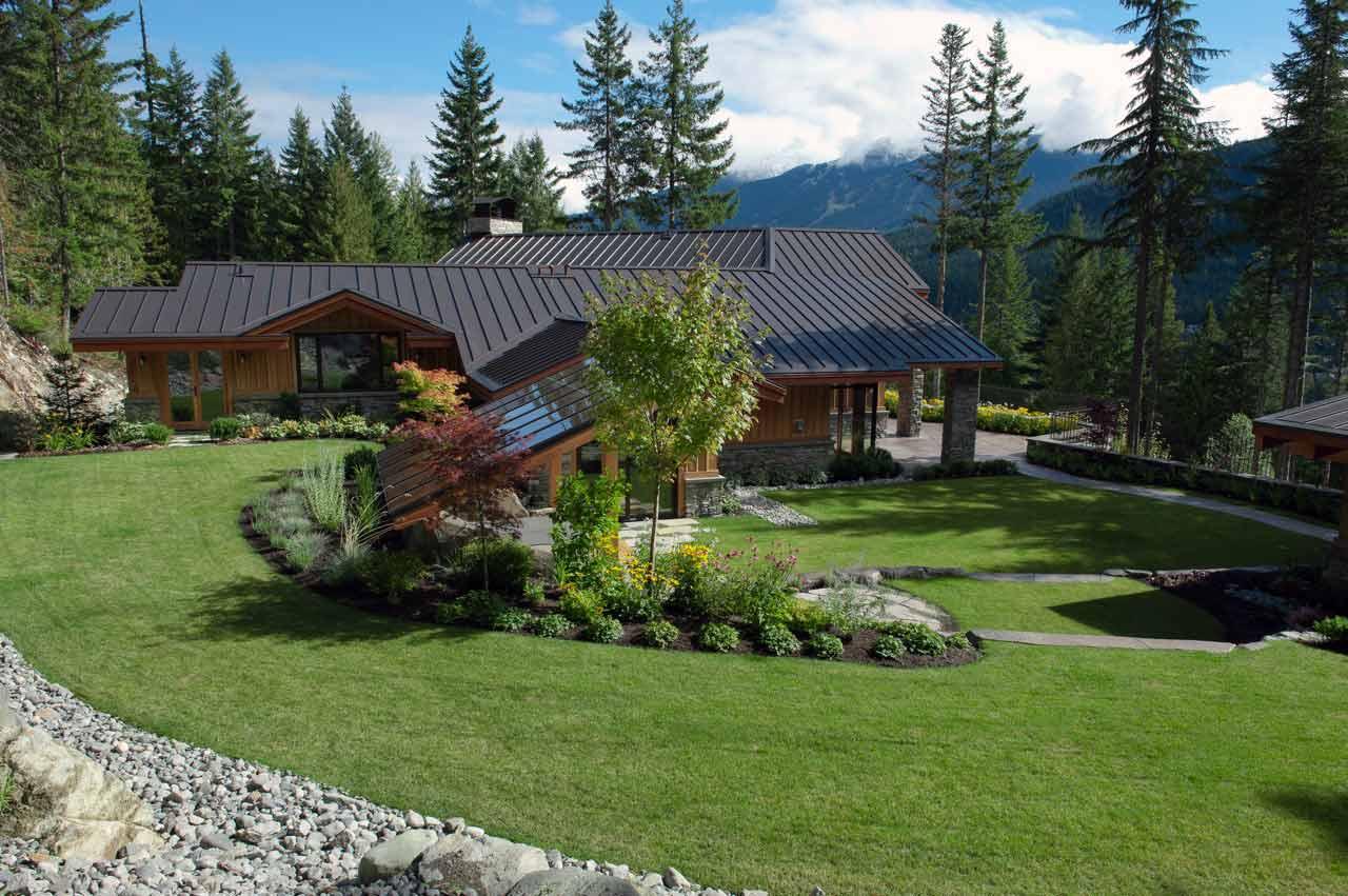 Stonebridge show home backyard